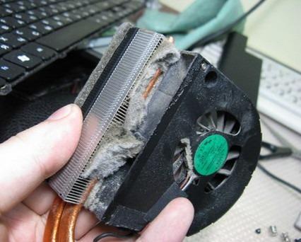 Чистка ноутбука от пыли, замена термопасты в Минске, Минском районе